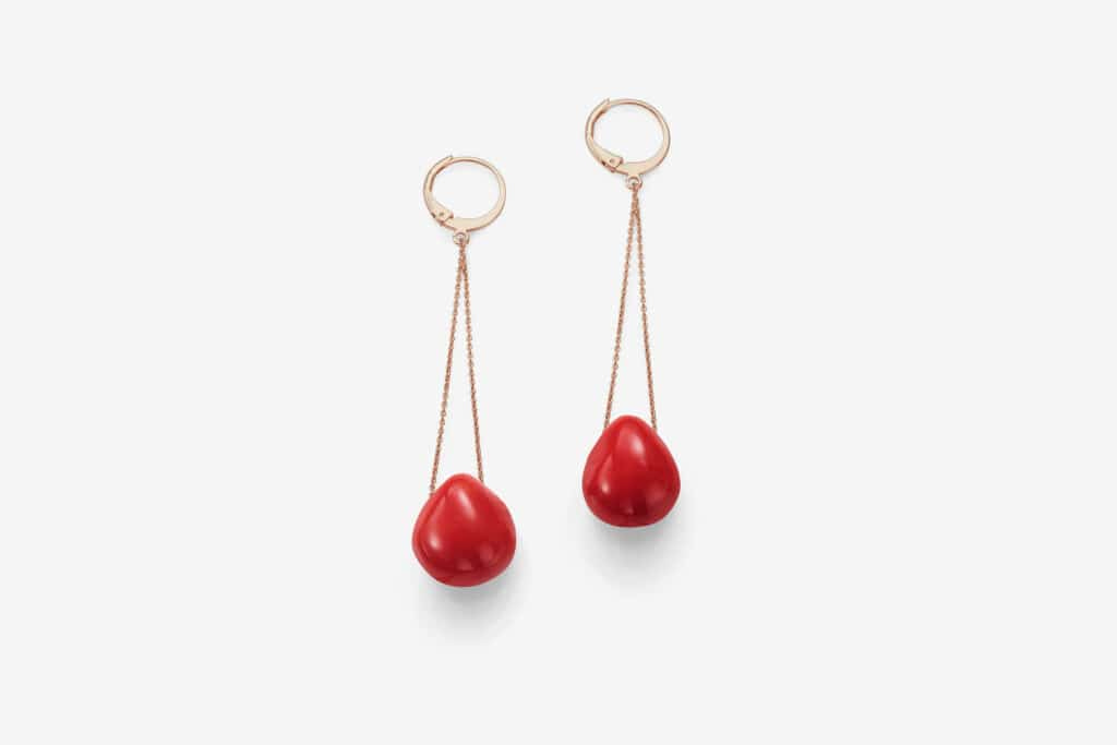 Joan pendant ear G, <em>Tomato</em>